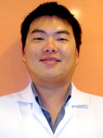 Dr.Weerasit  Manomai-udom : Oral Surgeon